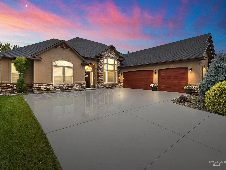 763 W Heather Woods Property Photo 1