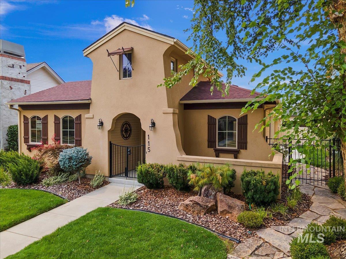 Alderwood Villg Real Estate Listings Main Image