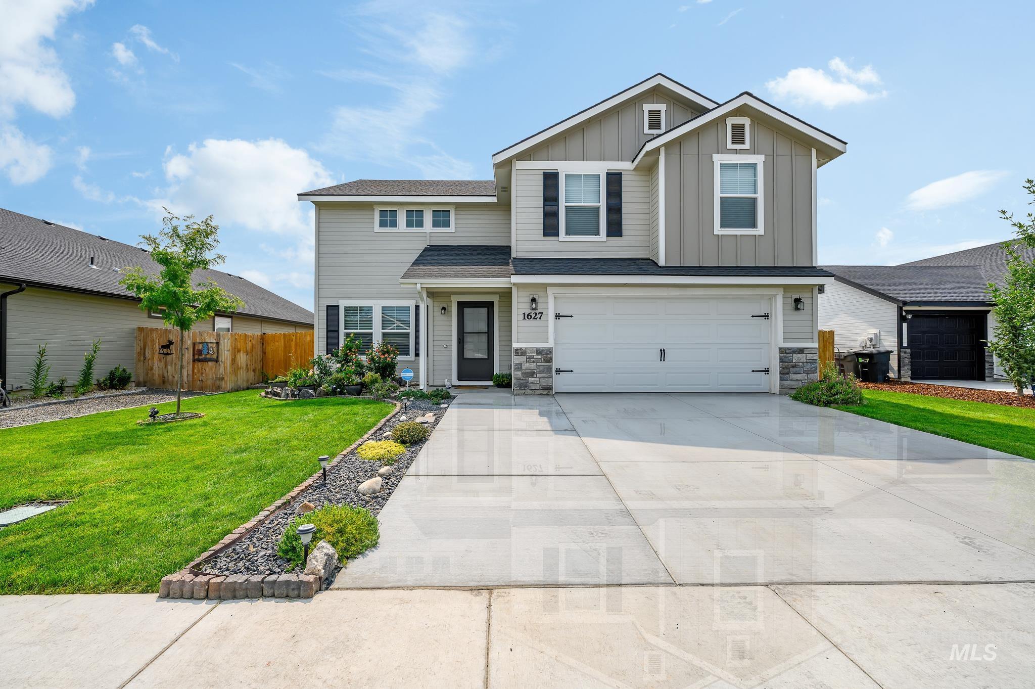 Granite Basin Real Estate Listings Main Image