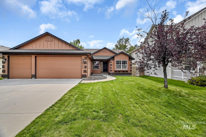 4259 E Arborvitae Property Photo