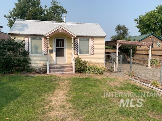 105 E 2nd St Property Photo