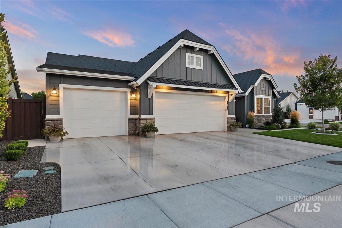 4225 Sunny Cove St. Property Photo