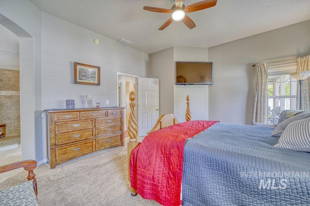 645 Whispering Pine Drive Property Photo 20