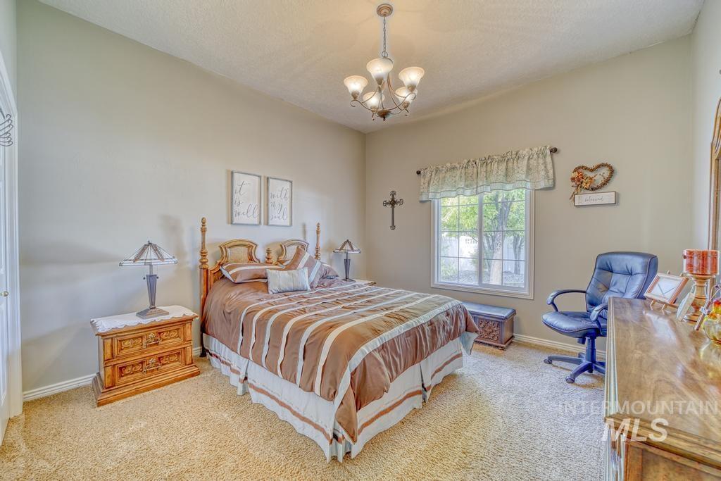 645 Whispering Pine Drive Property Photo 23