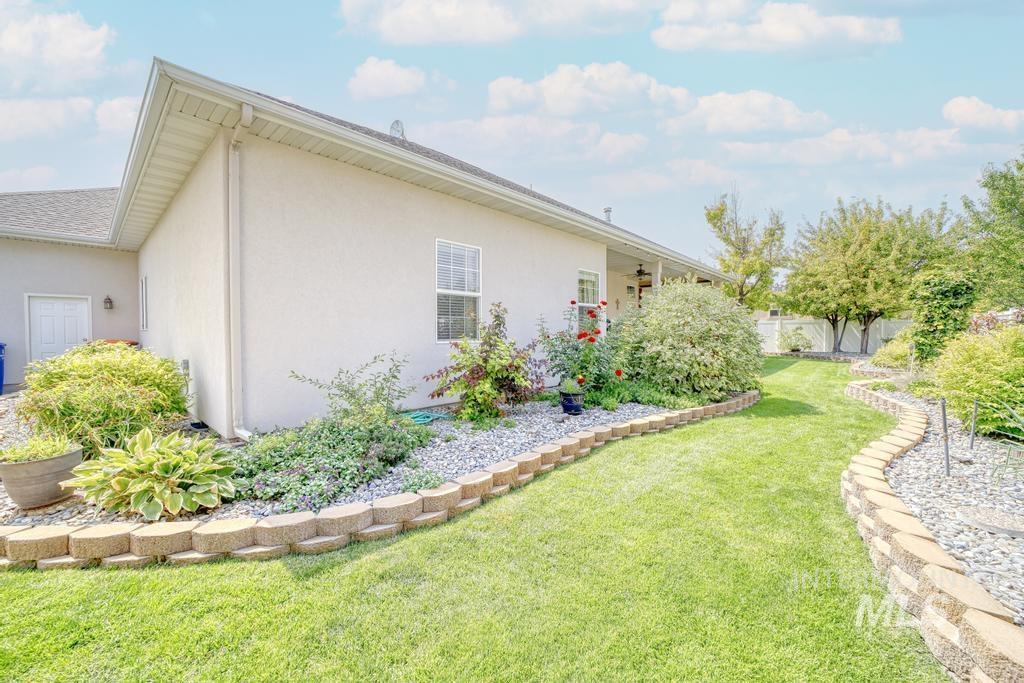 645 Whispering Pine Drive Property Photo 33