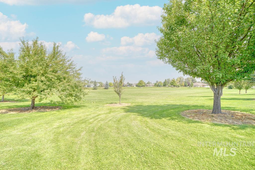 645 Whispering Pine Drive Property Photo 36
