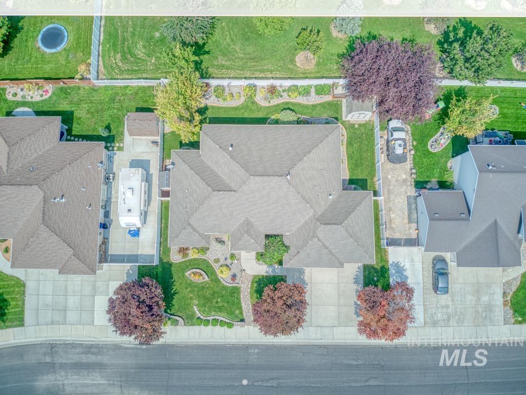 645 Whispering Pine Drive Property Photo 38
