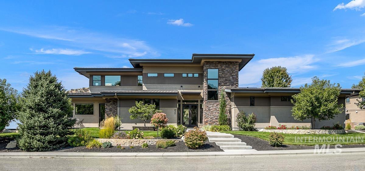 632 E Clubview Drive Property Photo