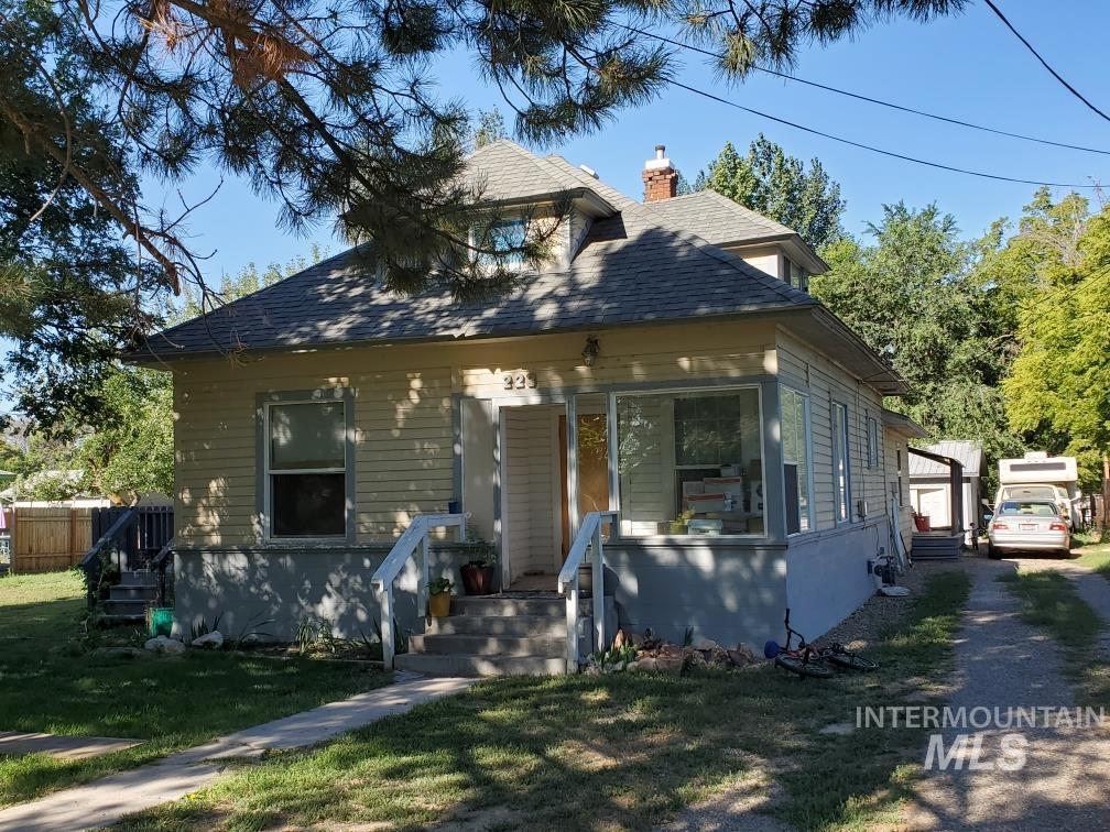 223 West Blvd Property Photo