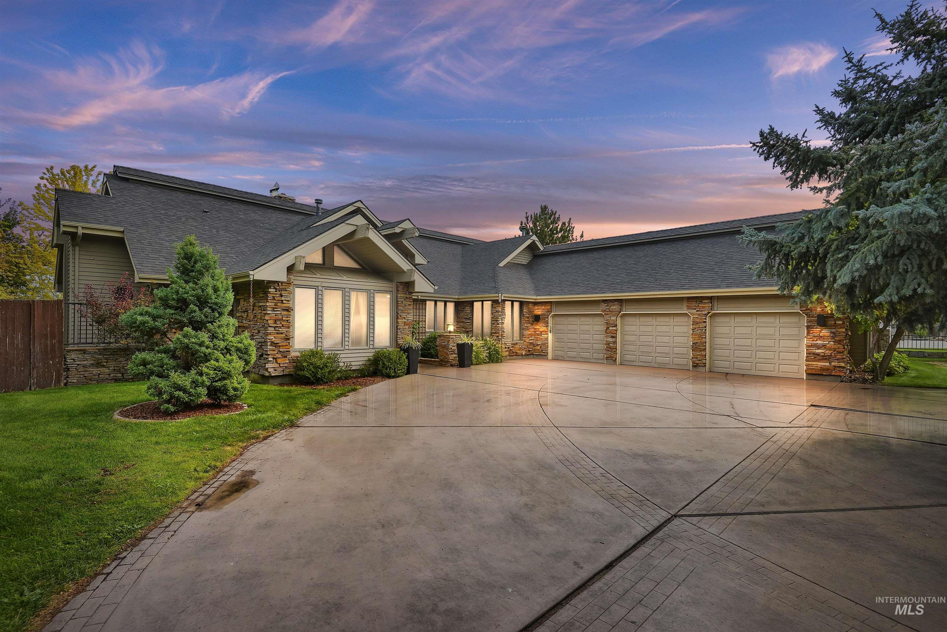 9870 W. Stardust Drive Property Photo