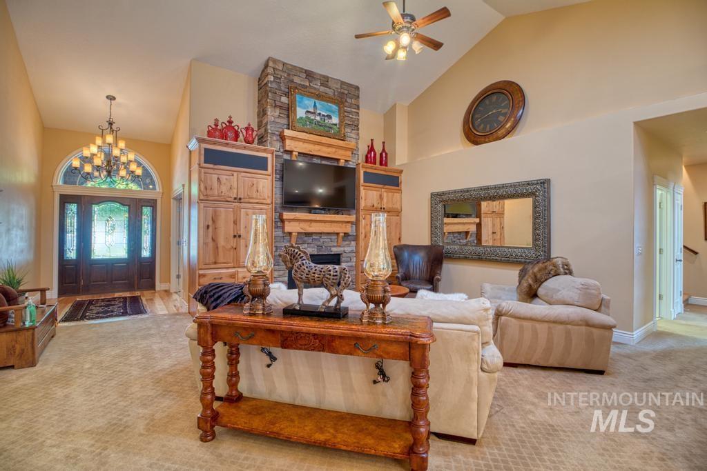 568 Boxwood Drive Property Photo 7