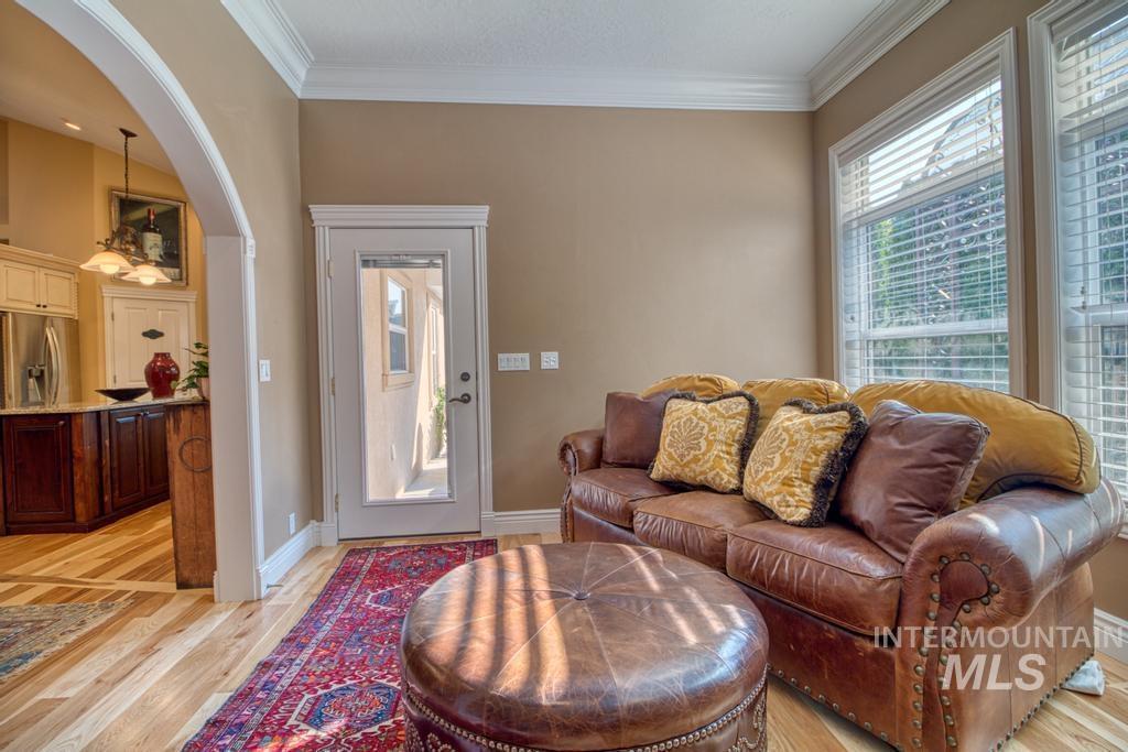 568 Boxwood Drive Property Photo 15