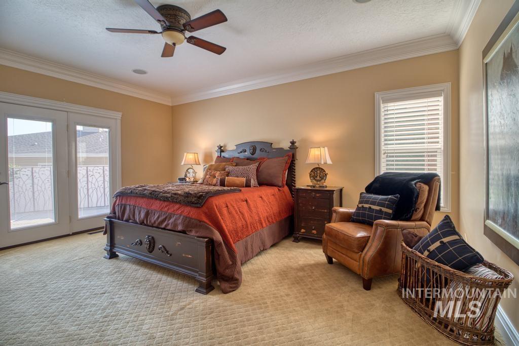 568 Boxwood Drive Property Photo 16