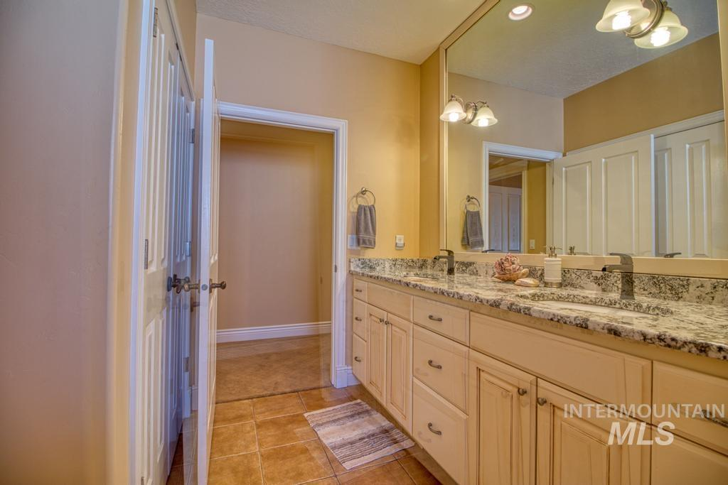 568 Boxwood Drive Property Photo 24