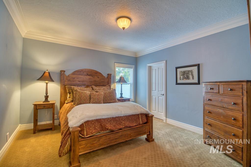 568 Boxwood Drive Property Photo 27