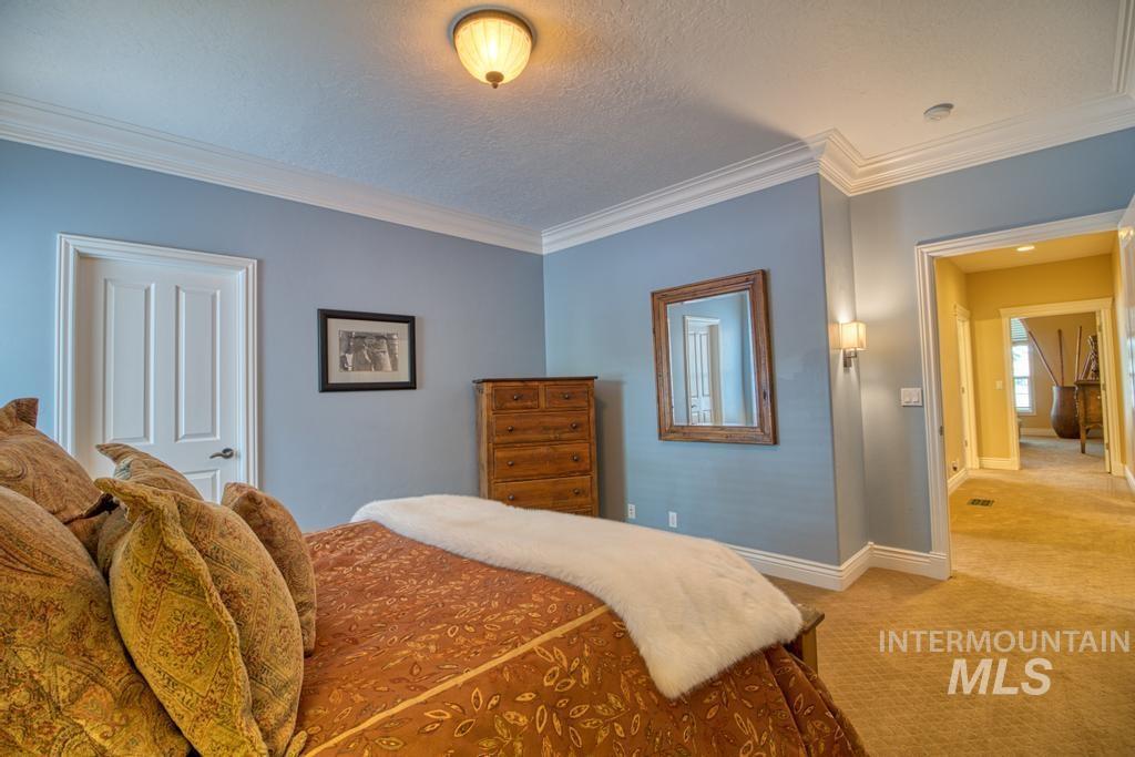 568 Boxwood Drive Property Photo 28