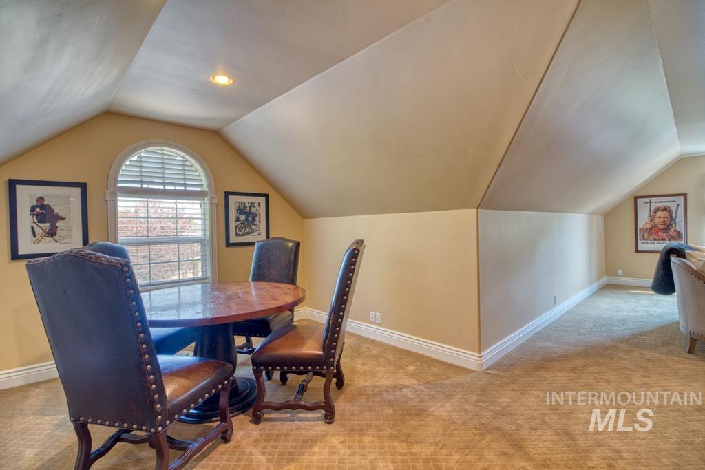 568 Boxwood Drive Property Photo 31
