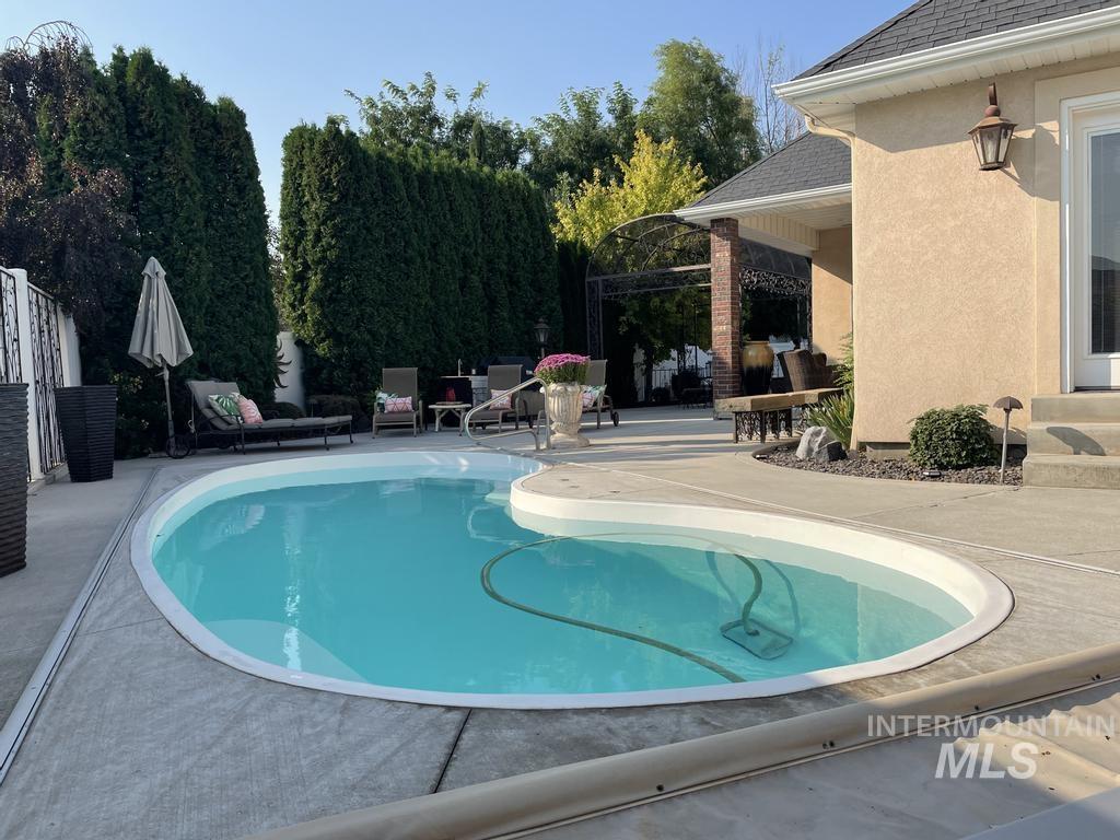 568 Boxwood Drive Property Photo 35