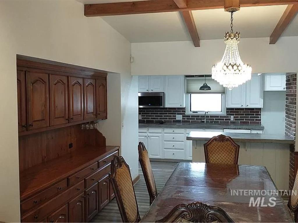 2070 Candlewood Ave Property Photo 9