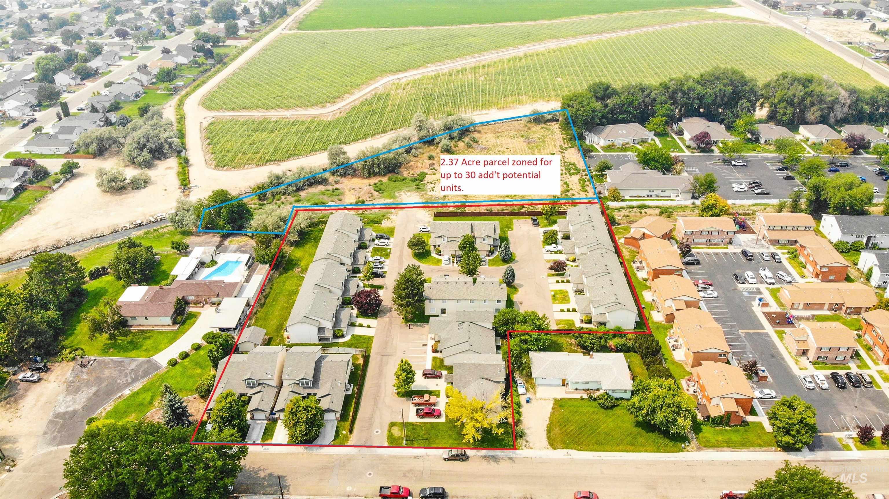 1700 S Piney Creek Rd Property Photo 3