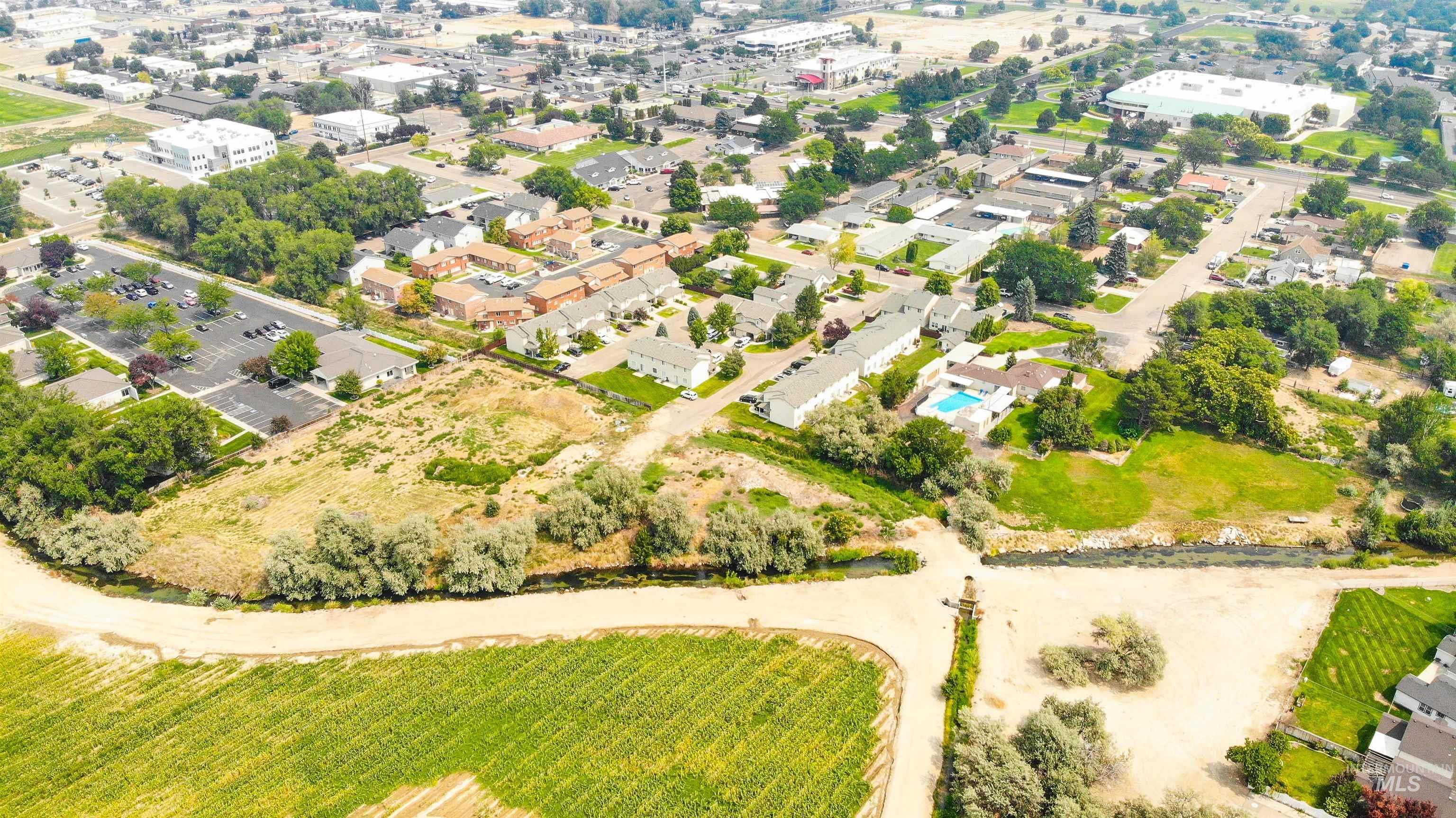 1700 S Piney Creek Rd Property Photo 6