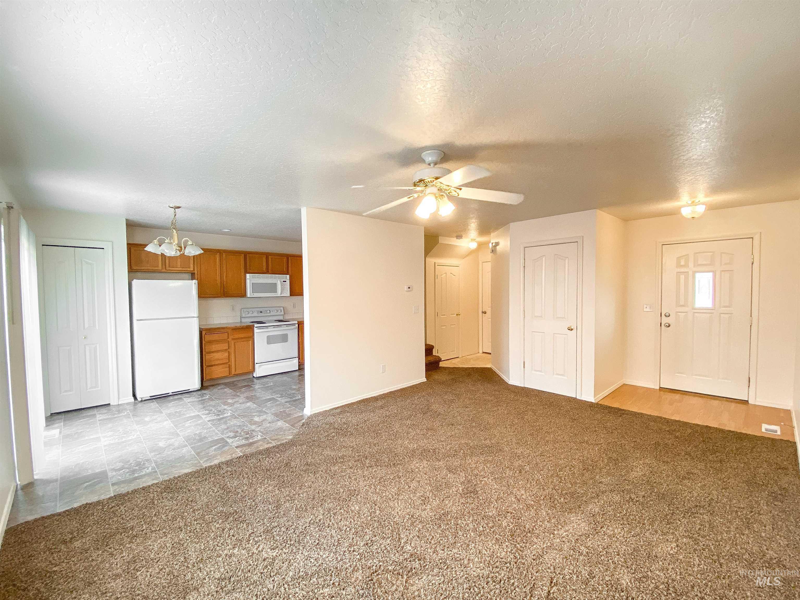 1700 S Piney Creek Rd Property Photo 21