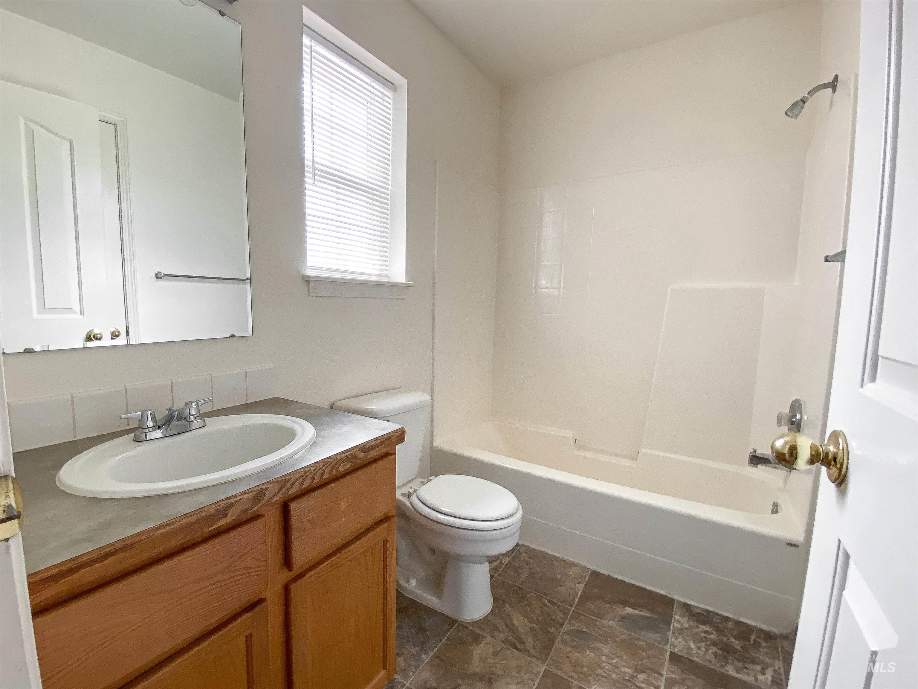 1700 S Piney Creek Rd Property Photo 27