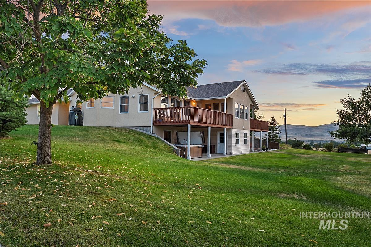 8002 Kirkpatrick Rd Property Photo