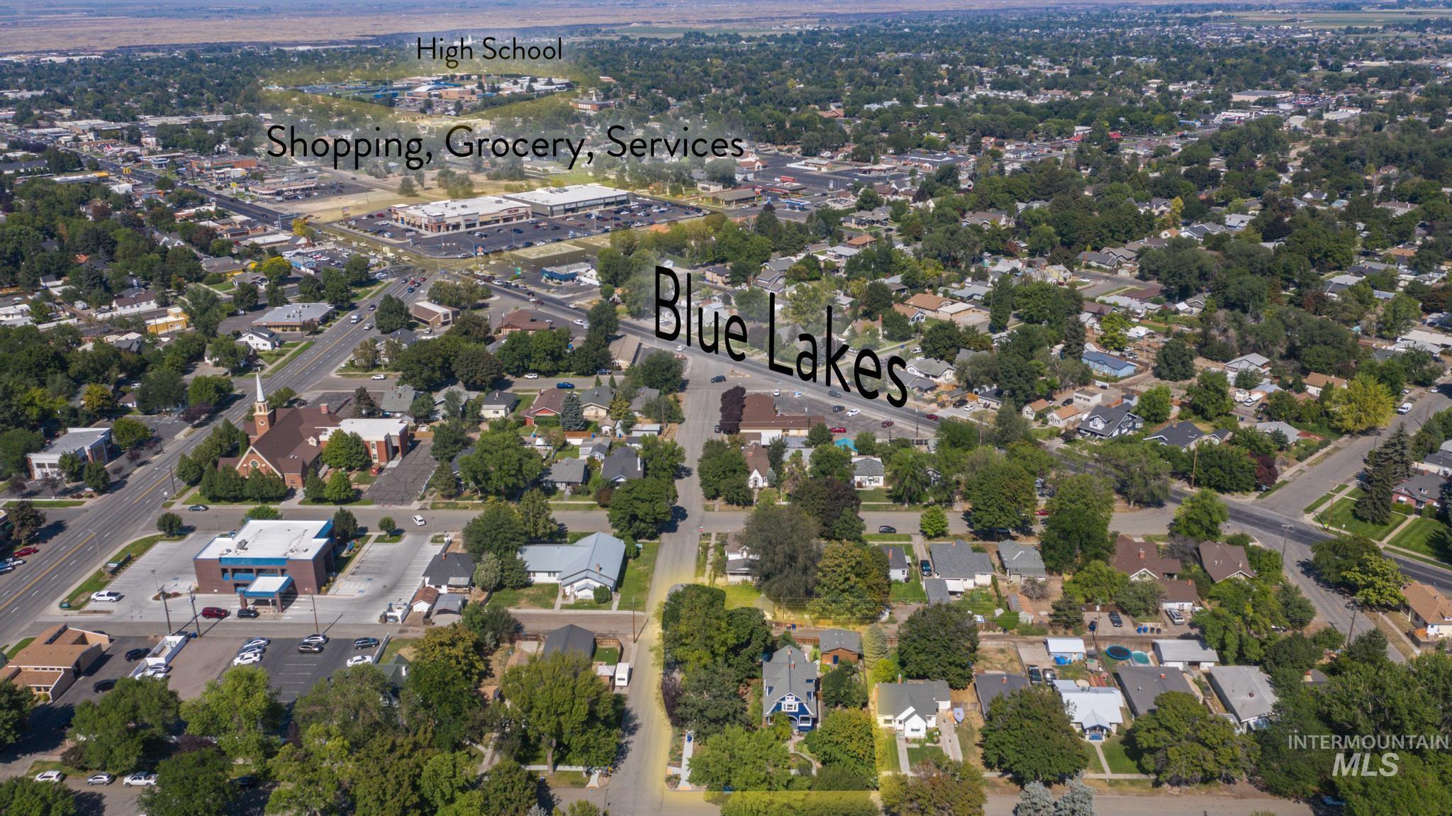207 8th Ave E Property Photo 35