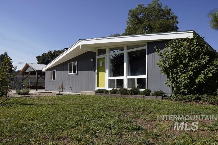 Edgemont Sub Real Estate Listings Main Image