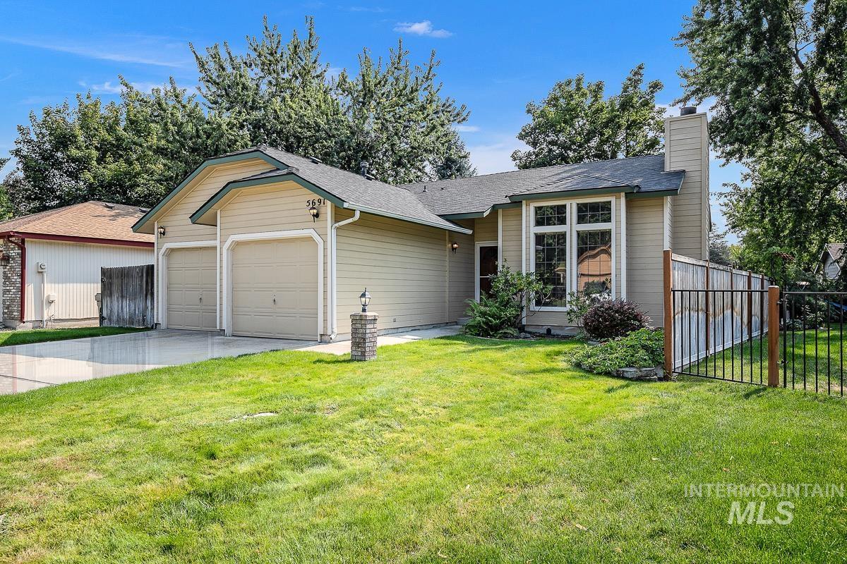 5691 W Parapet Ct. Property Photo