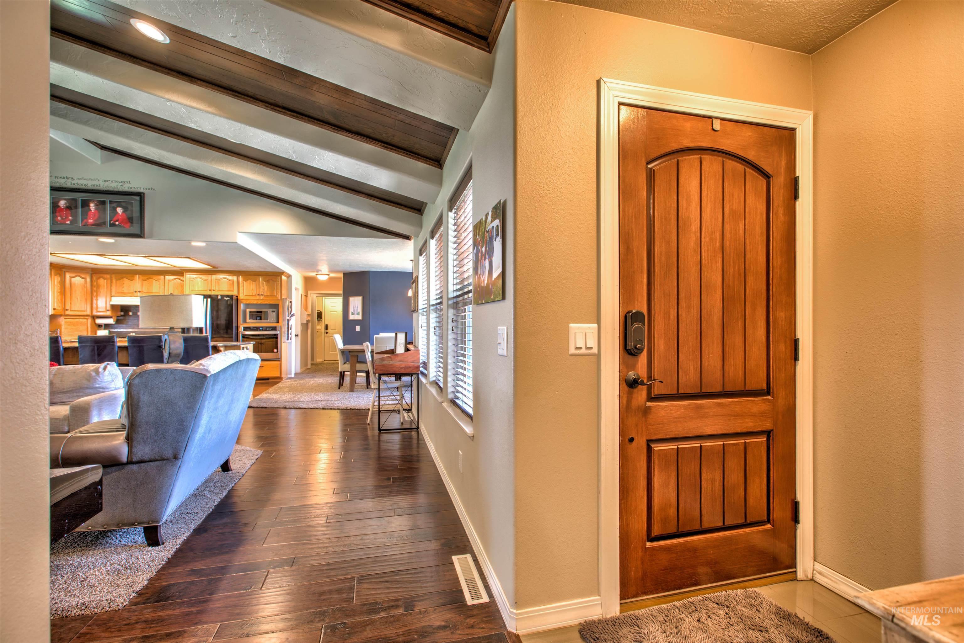 250 W 1545 S Property Photo 4