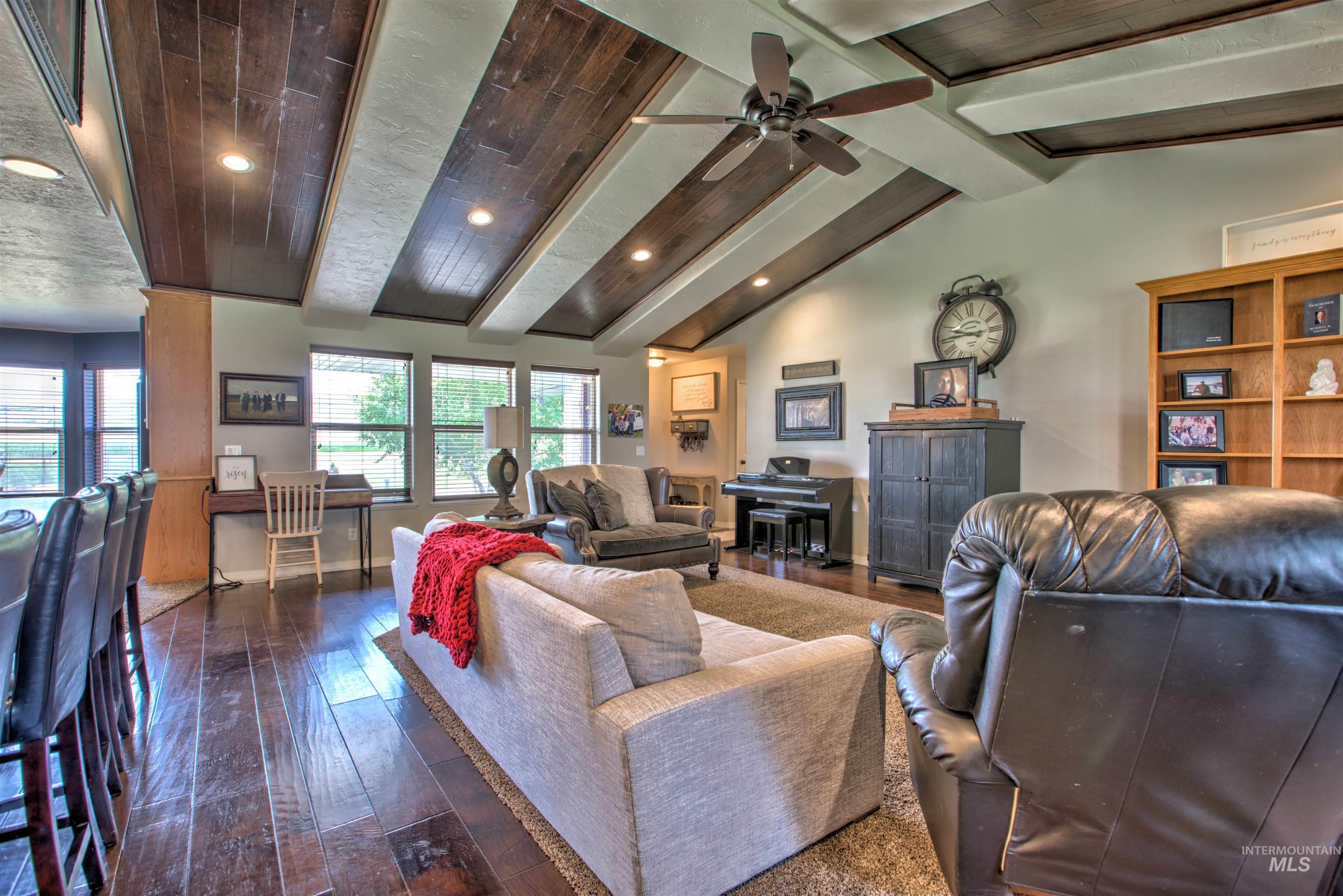 250 W 1545 S Property Photo 6