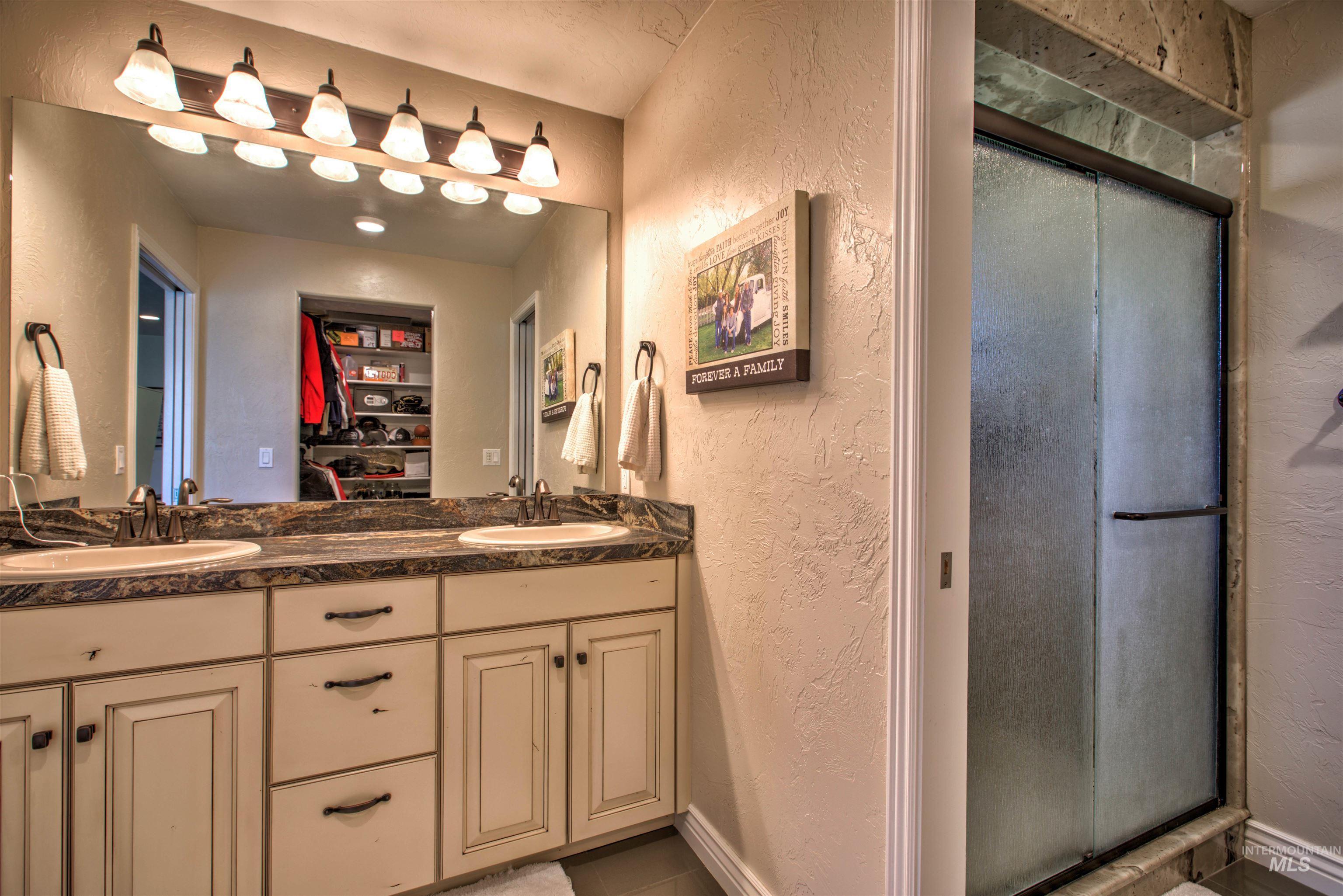 250 W 1545 S Property Photo 18