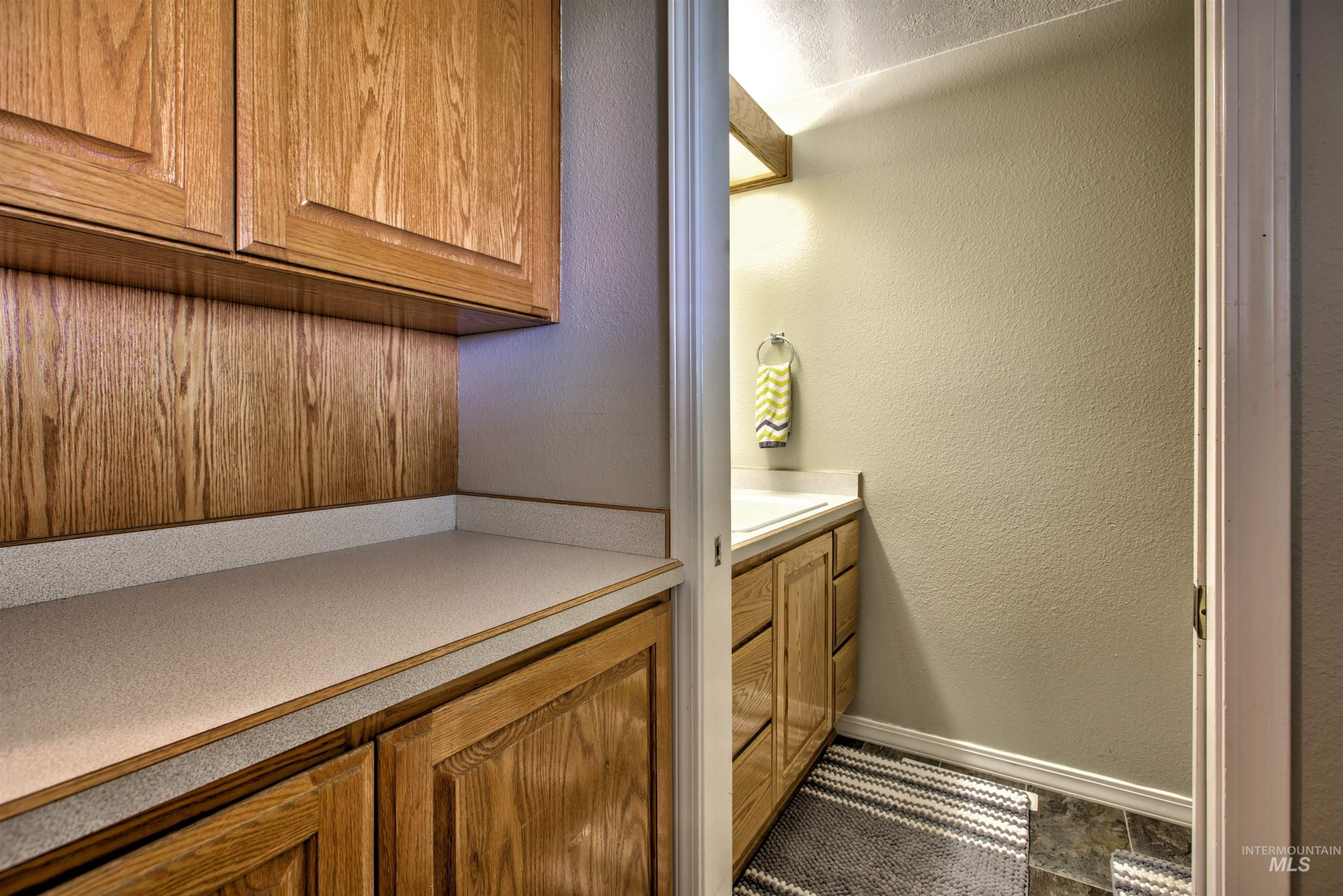 250 W 1545 S Property Photo 36