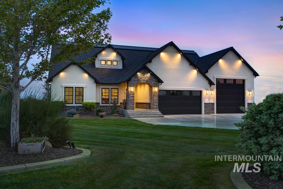 10445 W Colton Ln Property Photo 2