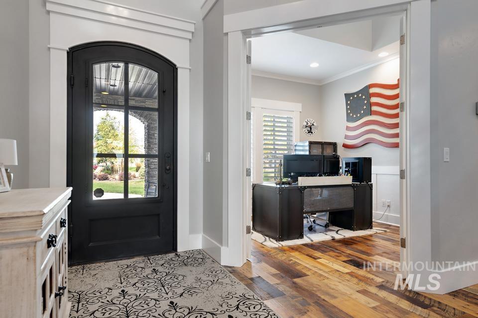 10445 W Colton Ln Property Photo 9