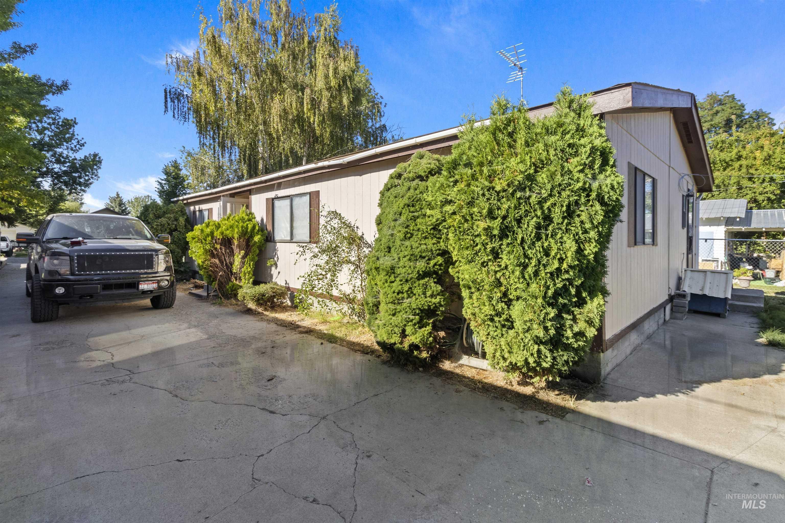316 E G Ave Property Photo