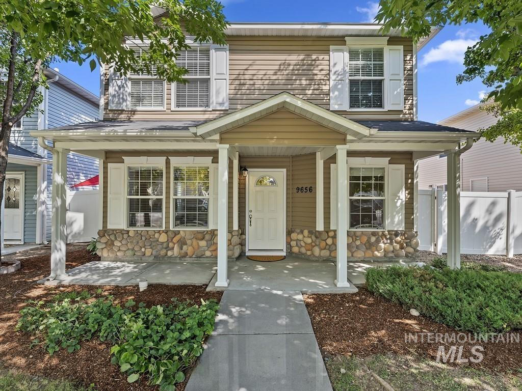 Charter Cove Real Estate Listings Main Image