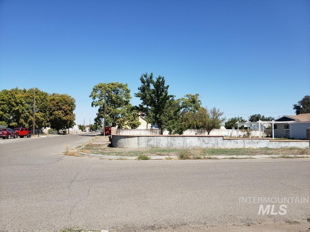 218 S 2nd Street Property Photo