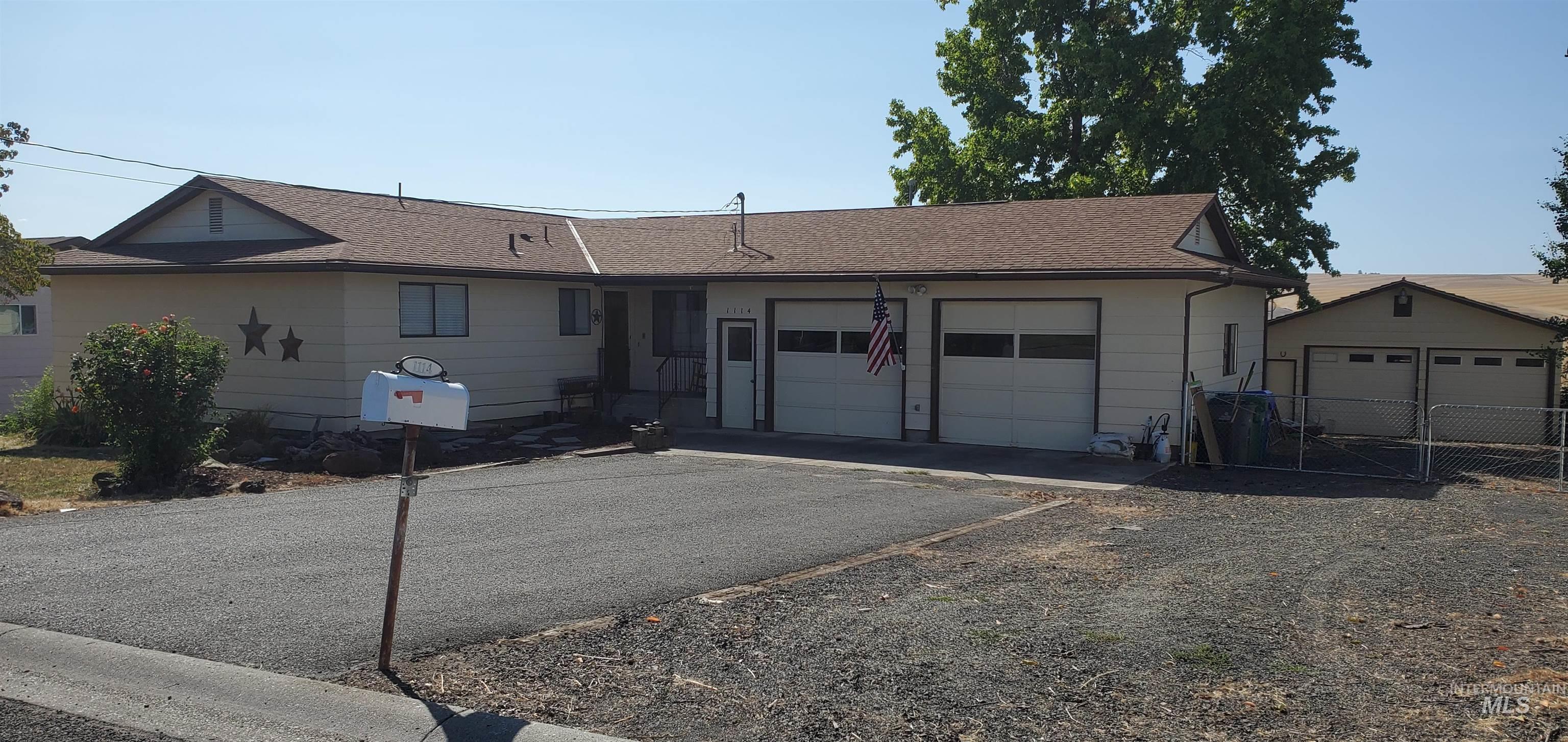 Carpenter Real Estate Listings Main Image
