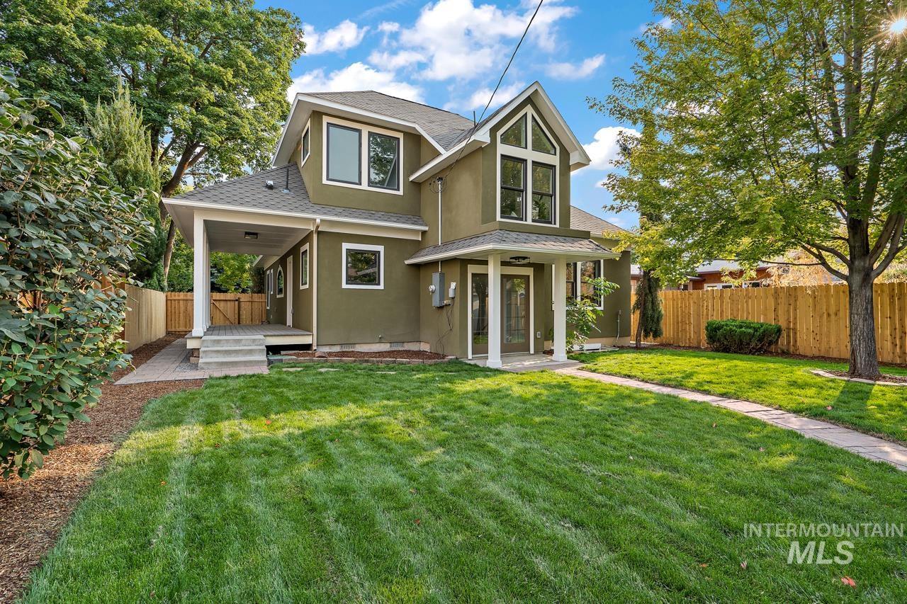 2504 W Jefferson St Property Photo