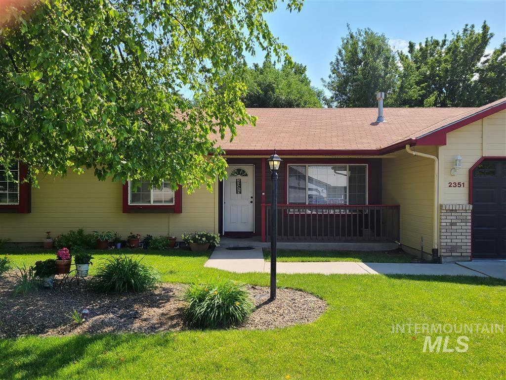 2351 E Grapewood Drive Property Photo