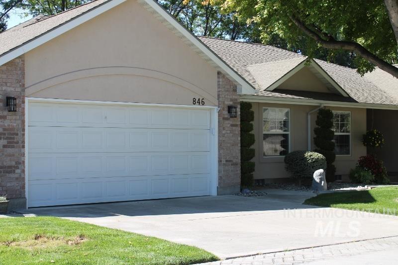 846 Canyon Park Ave Property Photo