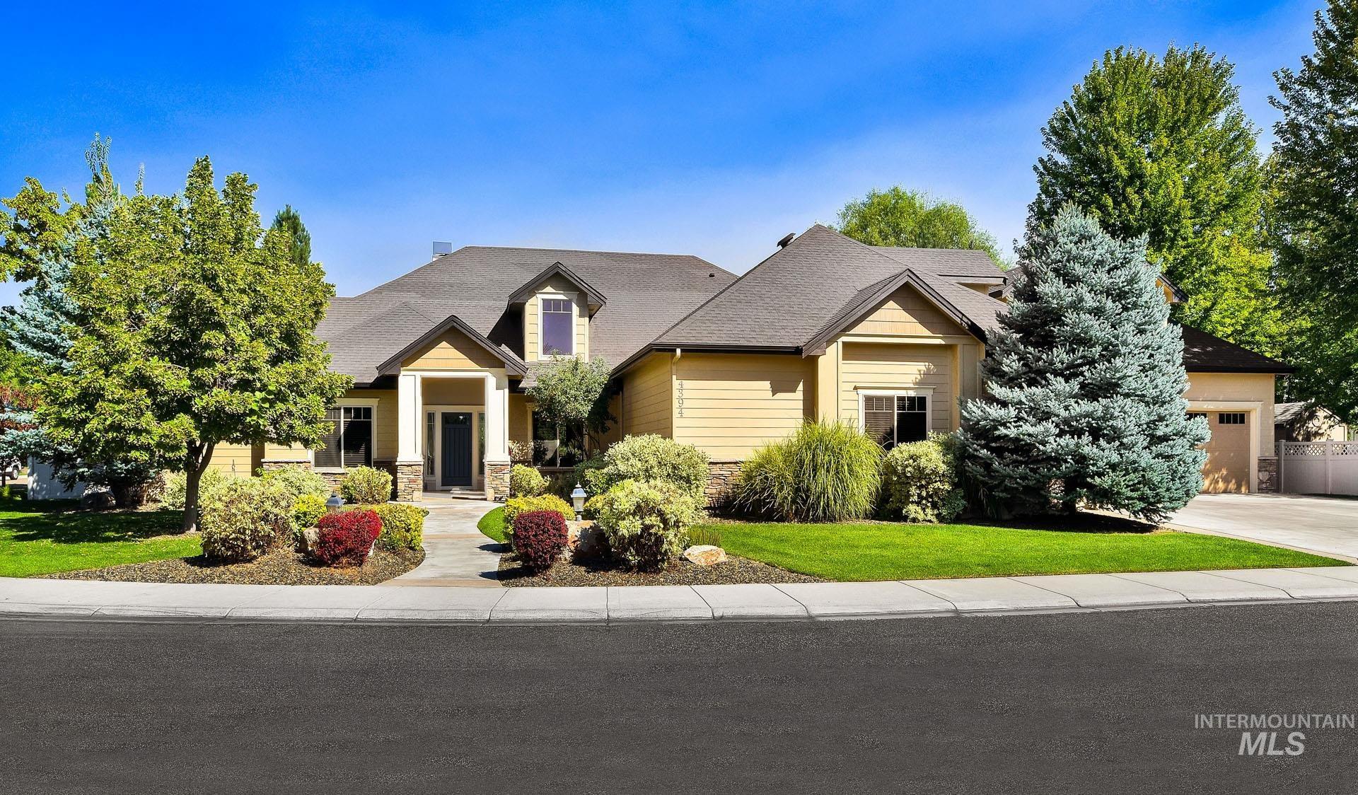 4394 N Annata Avenue Property Photo