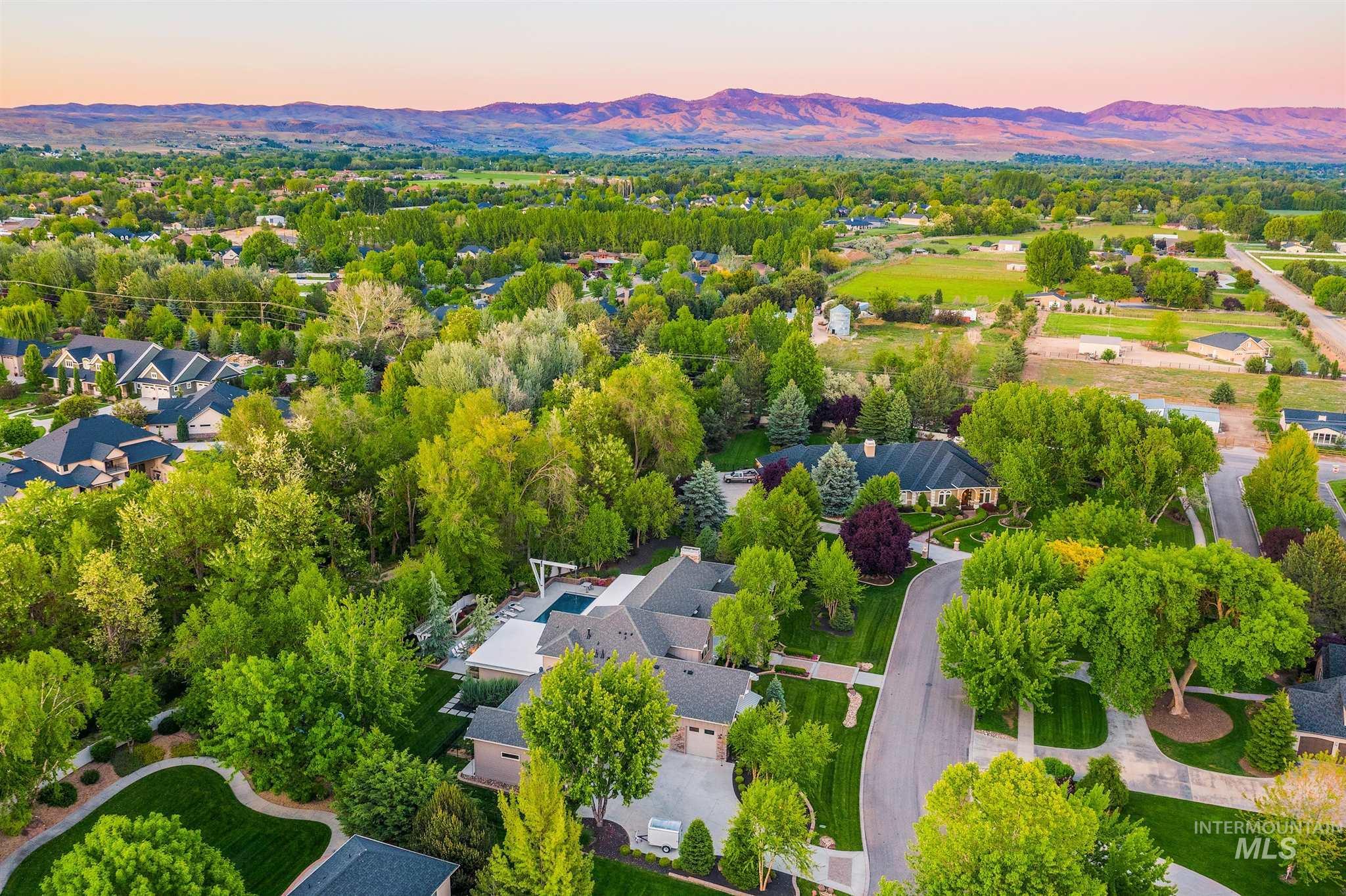 2164 W Holly Mountain Drive Property Photo 50