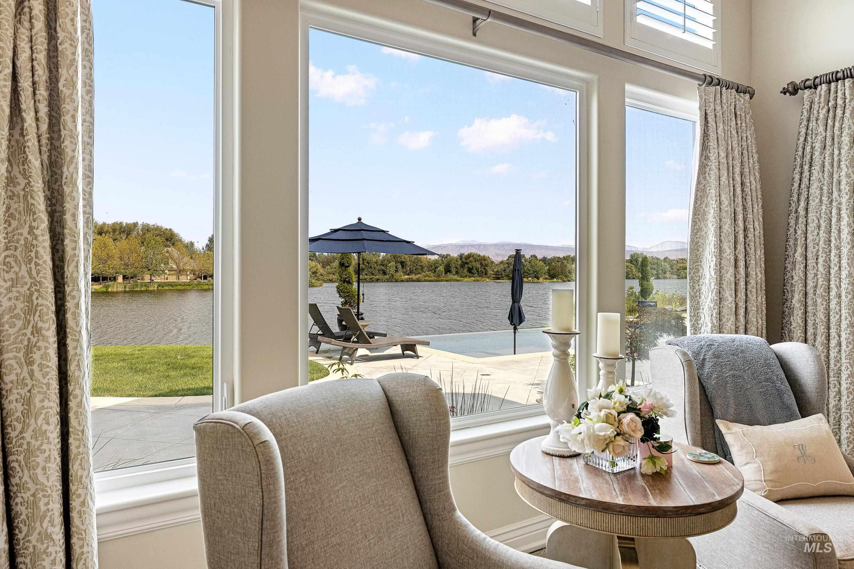 636 E Laguna Shore Ln. Property Photo 26