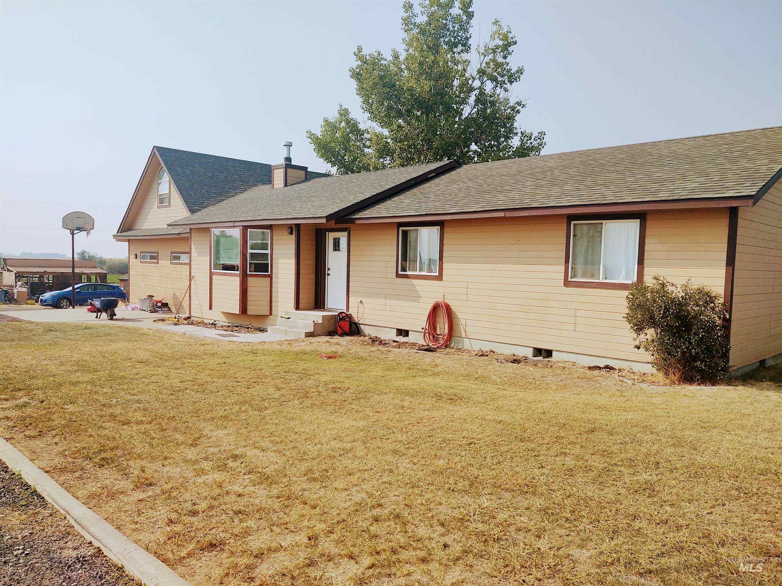 489 S 138 W Road Property Photo 1