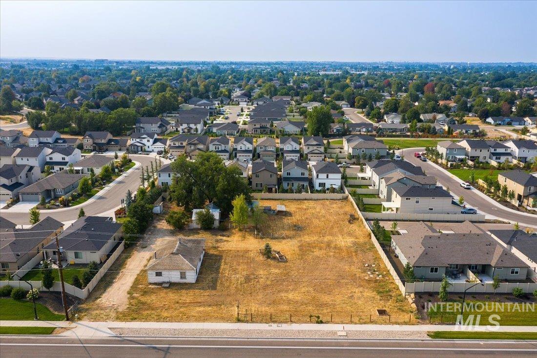 2035 E Ustick Property Photo