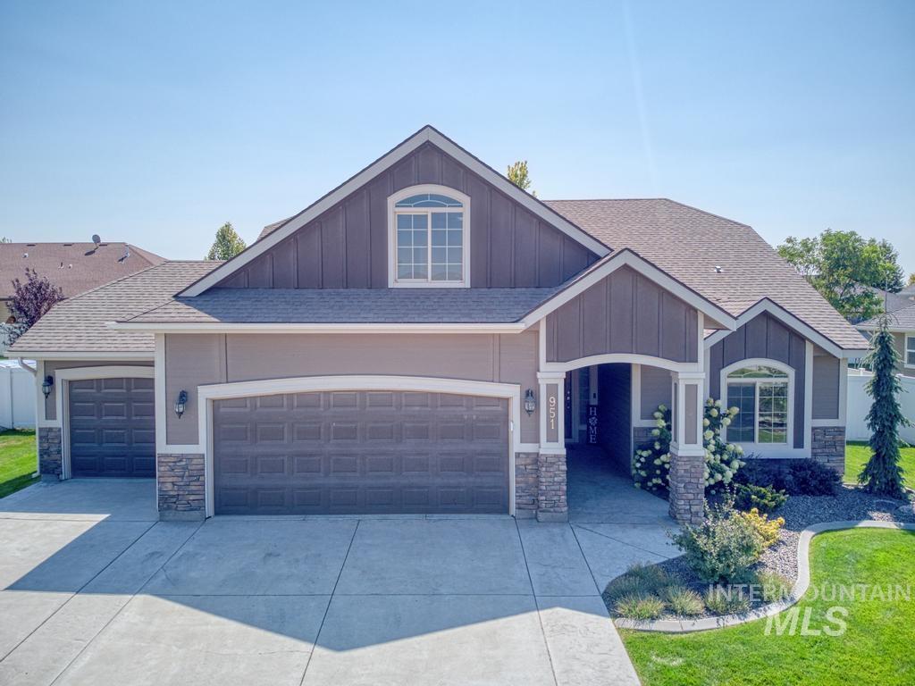 Ballards Way Real Estate Listings Main Image
